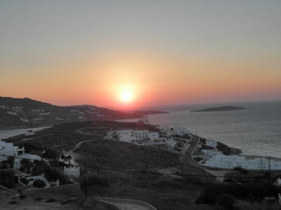 coucher de soleil sur Mykonos
