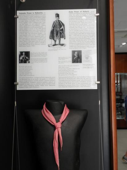 la cravate, originaire de Croatie